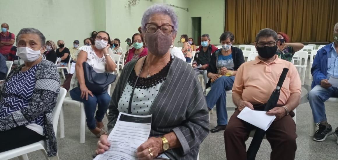 Ferraz de Vasconcelos começa a aplicar novo lote de vacinas contra a Covid-19 em idosos