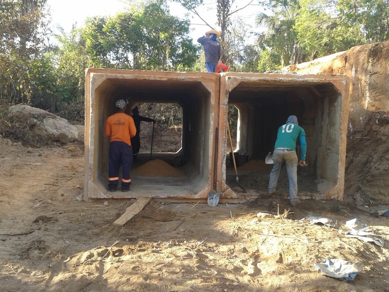Ponte incendiada em rodovia será substituída por estrutura de concreto - Notícias - Plantão Diário