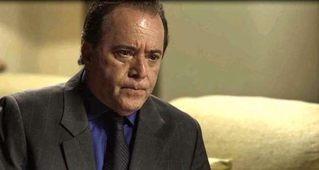 Tony Ramos é Olavo (Foto: TV Globo)