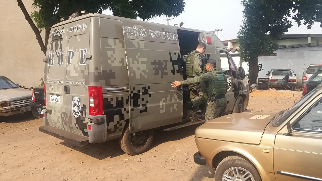 Filha de traficante e sequestrador de avião é presa em ação de combate ao refino e distribuição de cocaína - Notícias - Plantão Diário