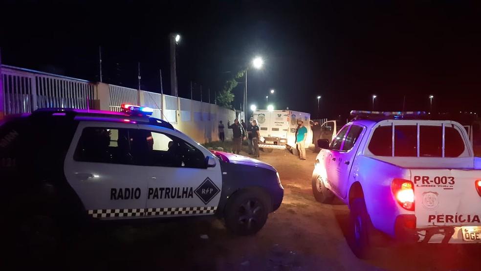 Caseiro morreu eletrocutado ao tentar pular muro na região metropolitana de Natal — Foto: Sérgio Henrique Santos/Inter TV Cabugi