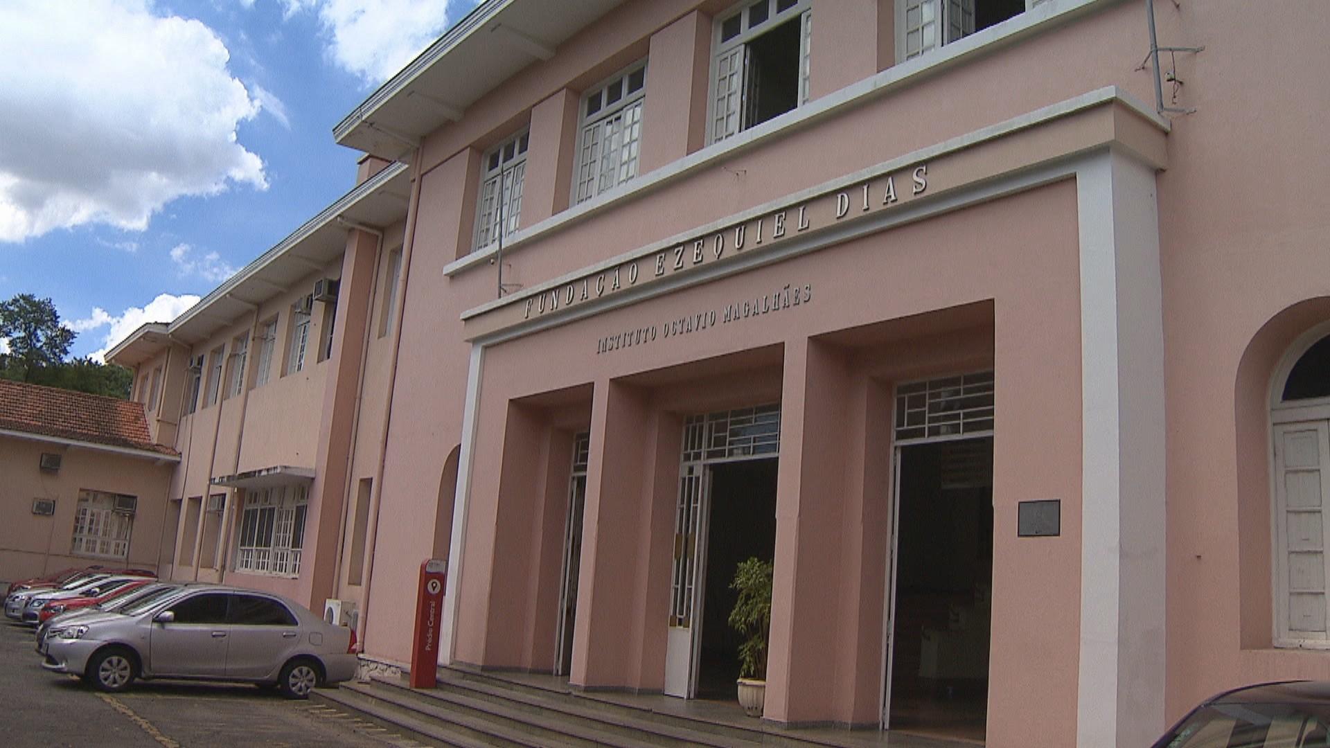 Coronavírus: 120 laboratórios de Minas querem fazer diagnóstico, mas governo não tem previsão para credenciamento
