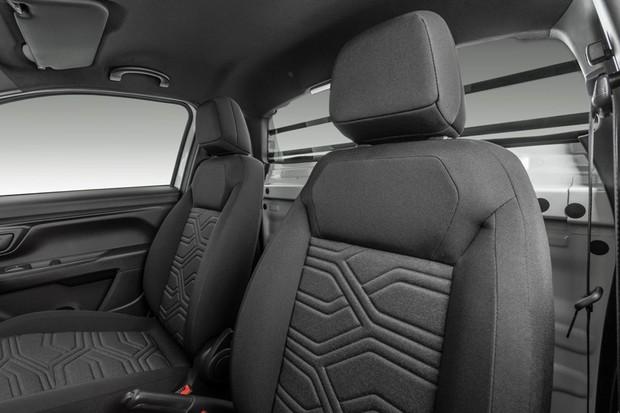Nova Fiat Strada cabine plus  (Foto: Divulgação )