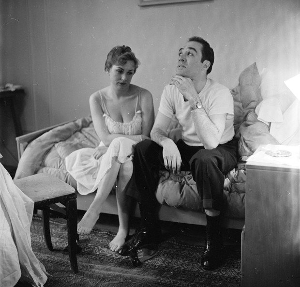 circa 1955:  A married couple contemplating divorce.  (Photo by Orlando /Three Lions/Getty Images) (Foto: Getty Images)