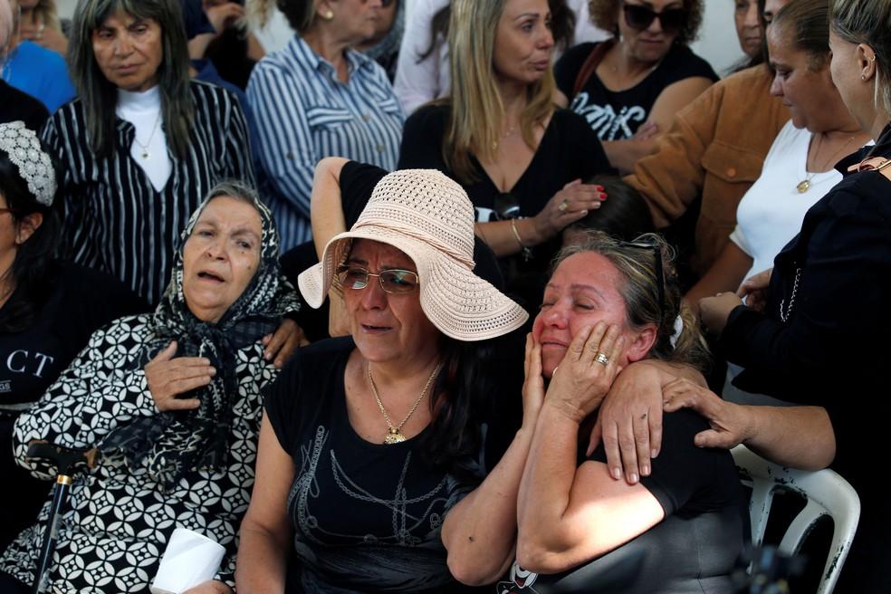 Israelenses aguardam ansiosos o cessar fogo