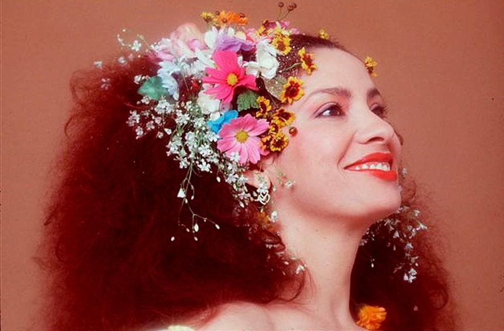 Clara Nunes tem álbum de 1978 dissecado em título da série 'O livro do disco' — Foto: Divulgação / Wilton Montenegro