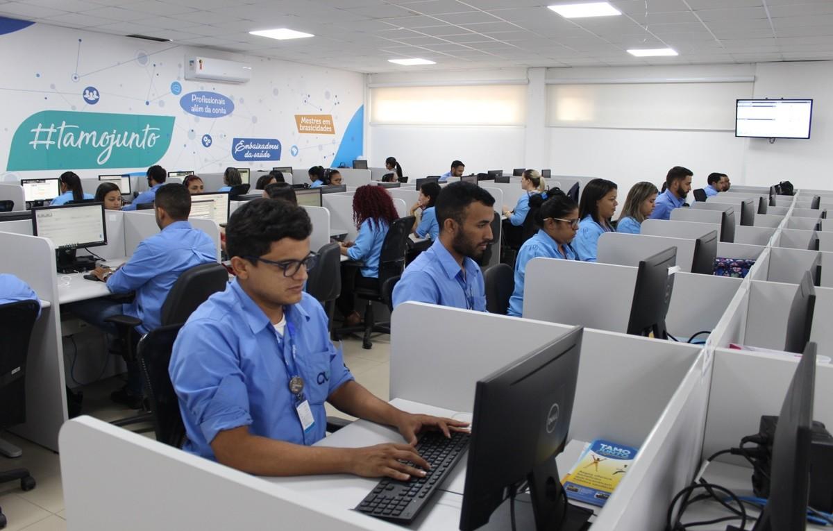Operadora de telefonia abre vagas de emprego em Fortaleza