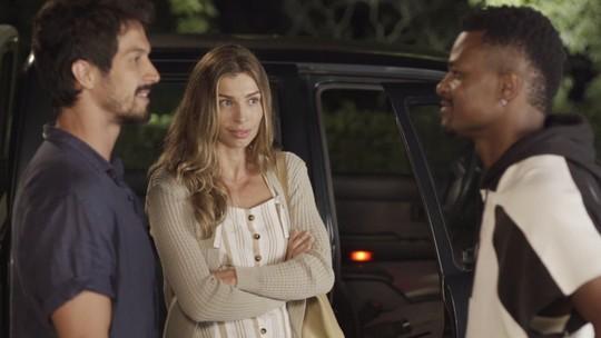 Climão! Ramon vê Paloma pegando carona com Marcos e troca farpas com o rival