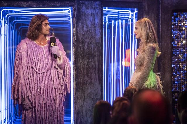 Na terça-feira, 4, João (Rafael Vitti) revelará que é o idealizador do programa de Manu (Isabelle Drummond) durante o Grande Prêmio da TV (Foto: Isabella Pinheiro/Gshow)
