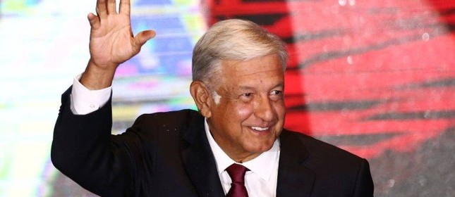 López Obrador festeja eleição no México