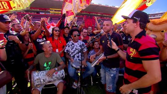 """Atletas do Sport cantam sambinha do acesso e provocam rivais: """"Para Série C eu  nunca fui"""""""