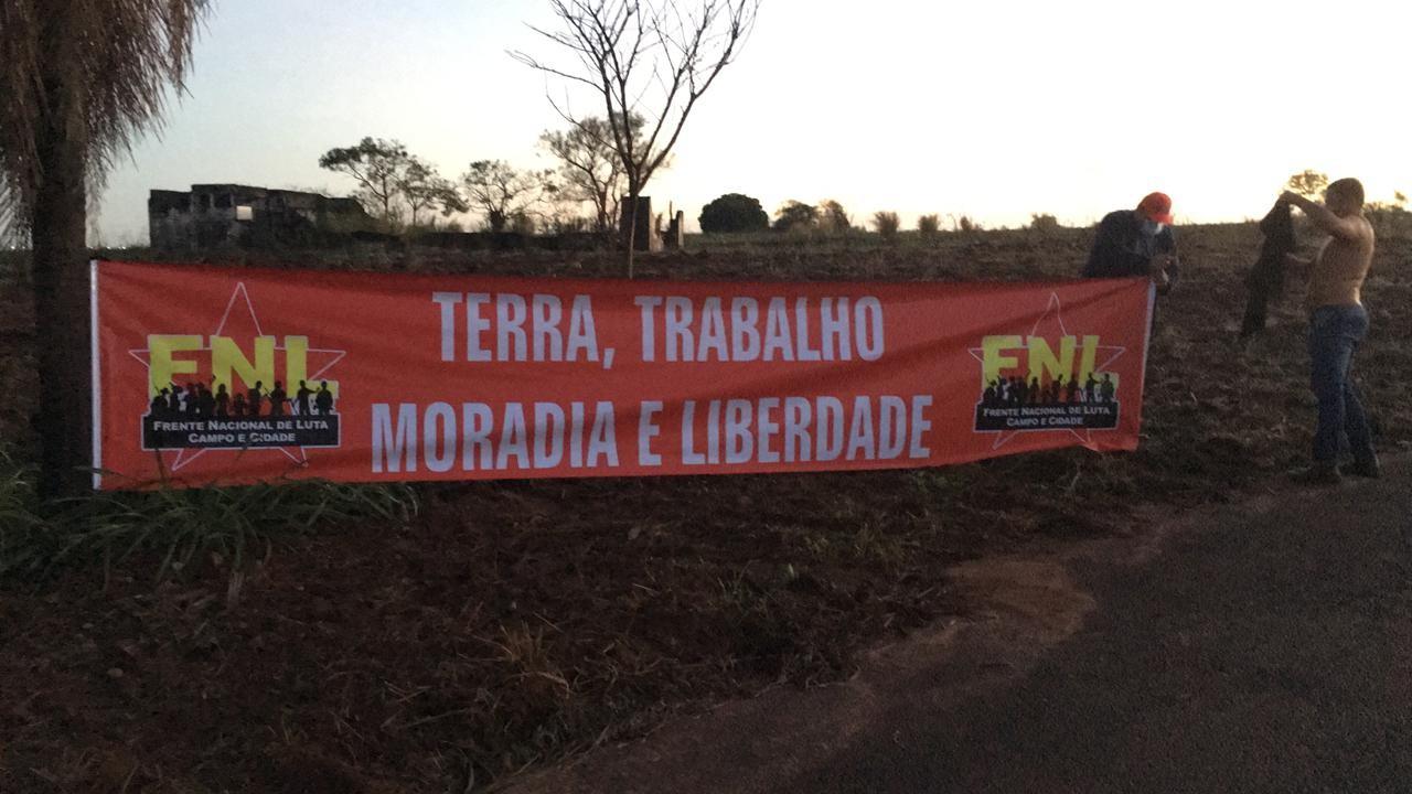 Em ocupação de fazenda em Sandovalina, FNL reivindica áreas consideradas públicas para a reforma agrária