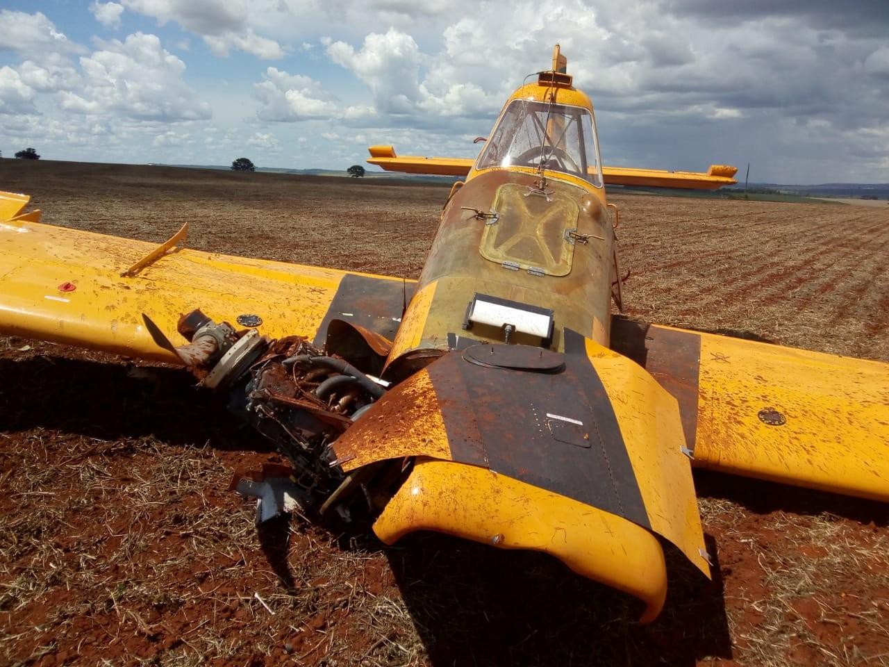 Aeronave de pequeno porte sofre acidente em fazenda na BR-365, em Patrocínio