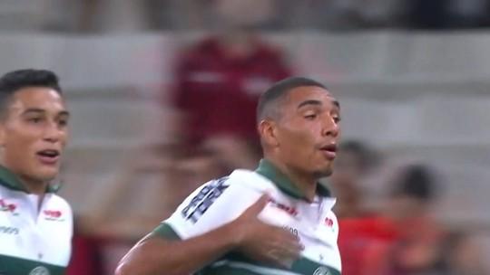 Novo técnico e 11 trocas: o que mudou em Athletico e Coritiba desde o clássico do primeiro turno