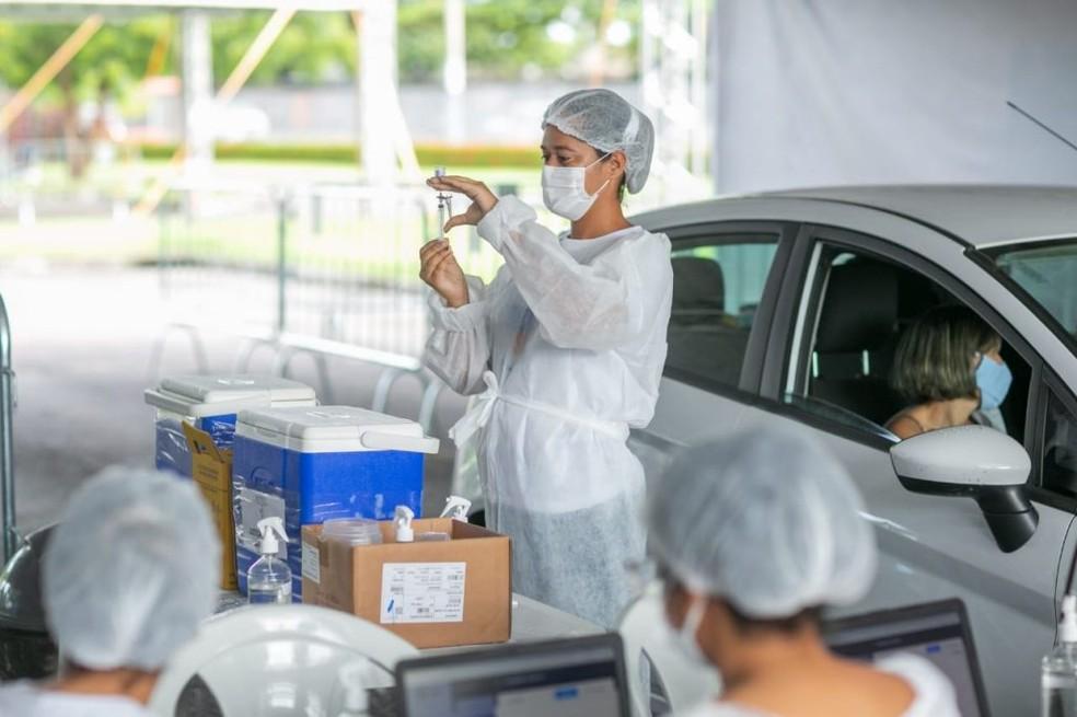 Maceió suspende a aplicação da primeira dose da vacina mais uma vez — Foto: Itawi Albuquerque/Secom Maceió