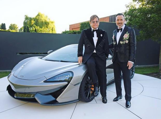 Elton John e David Furnish (Foto: Reprodução/Instagram)