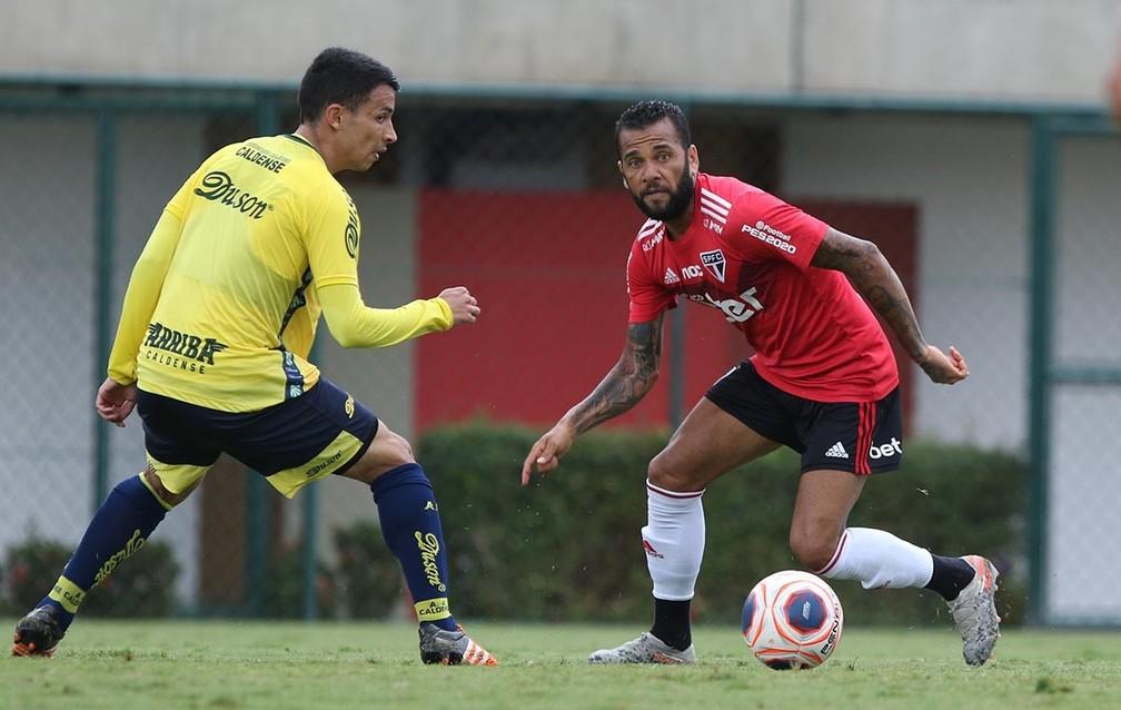 Daniel Alves em treino do São Paulo — Foto: Reprodução Twitter São Paulo