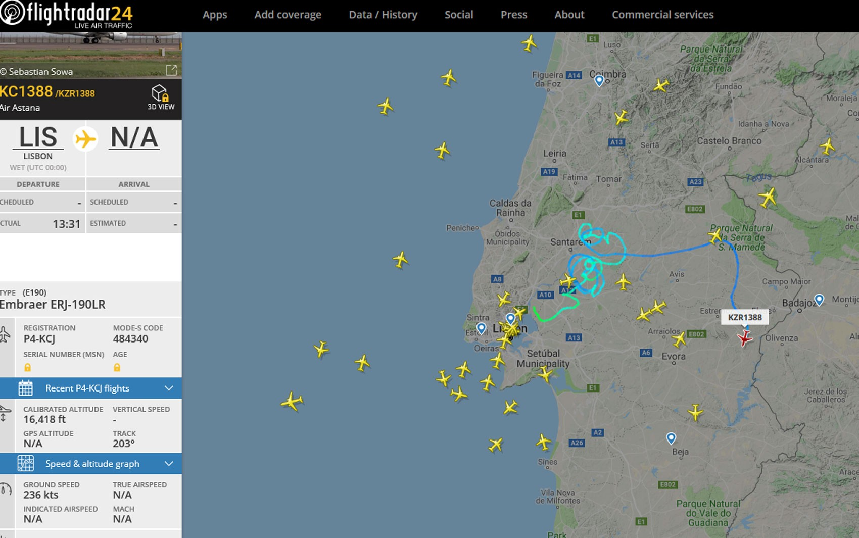 Acompanhado por caças, avião pousa com segurança em Portugal após declarar emergência no ar