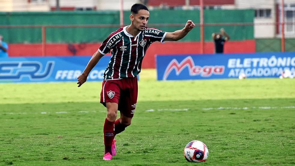 Gabriel Teixeira vem pedindo passagem com grandes atuações — Foto: Mailson Santana / Fluminense FC