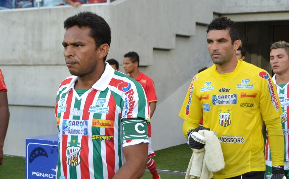 Zagueiro Nildo e goleiro Érico, ex-Baraúnas, vão defender o Mossoró EC na segunda divisão (Foto: Jocaff Souza)