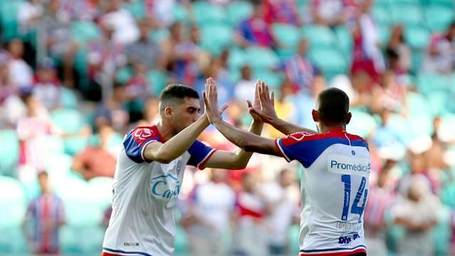 Ernando marcou pela primeira vez com a camisa do Bahia