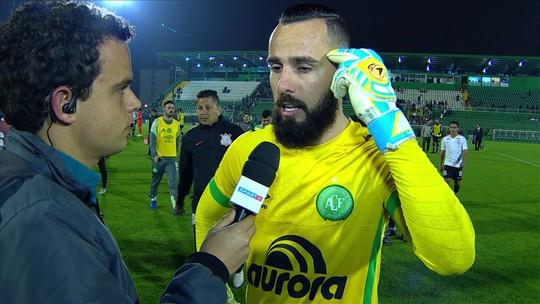 Após isenção de Guto, Jandrei volta atrás e não vê falha em gol do Corinthians