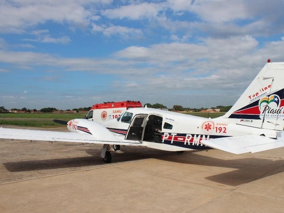 Bebê internada por suspeita de espancamento é transferida para Teresina em Samu aéreo — Foto: Gil Oliveira/G1