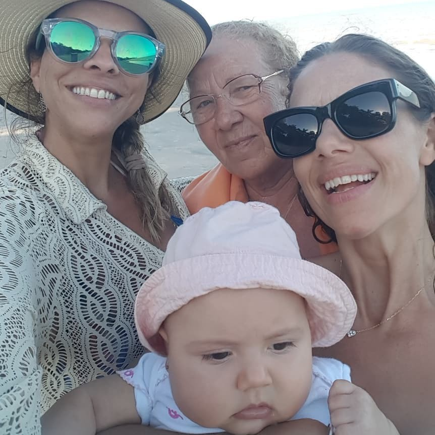 Michele com a mãe, Teresa e Herica (Foto: Reprodução/Instagram)