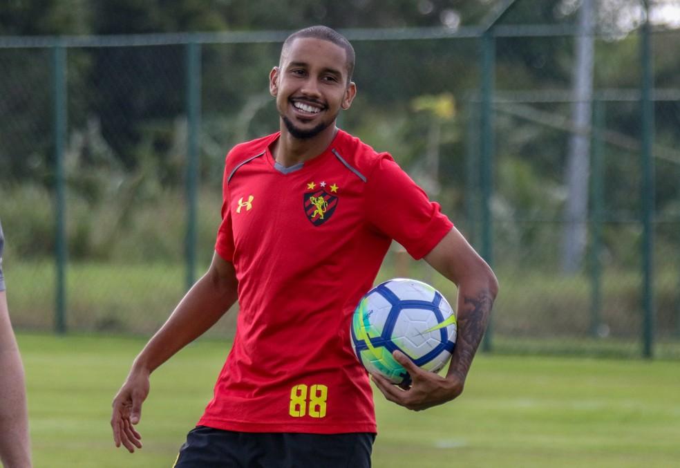 88e464fe4 ... Jair será jogador do Atlético-MG — Foto  Williams Aguiar  Sport