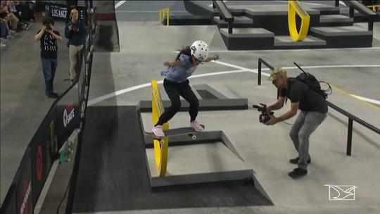 Aos 11 anos, Rayssa Leal, a 'Fadinha do skate', é campeã de etapa mundial em Los Angeles