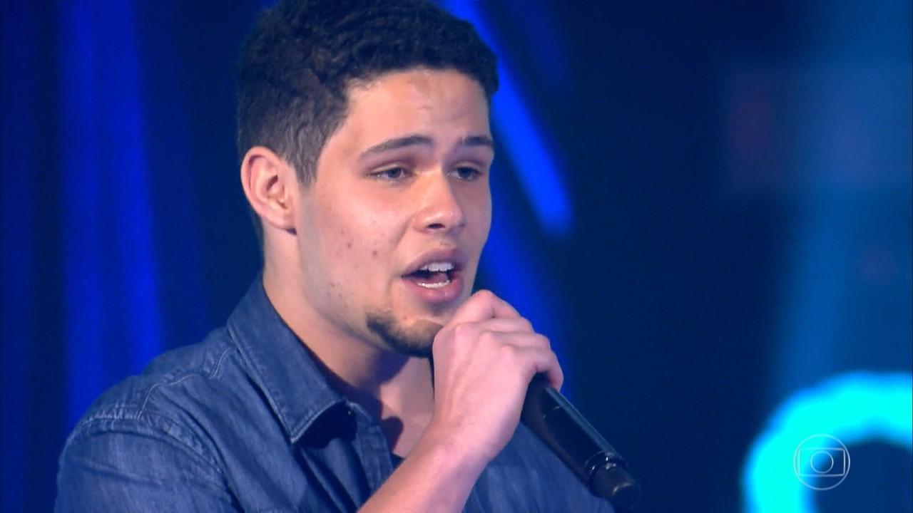 Dan Gentil canta 'Caça e Caçador'