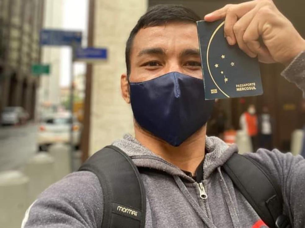 Para o Bellator 261, John Macapá viaja para os Estados Unidos para luta no dia 25 de junho — Foto: John Macapá/Arquivo Pessoal
