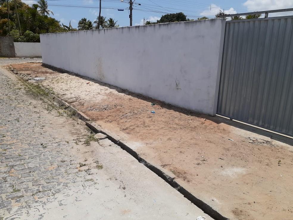 Local em que a criança foi baleada — Foto: Kleber Teixeira/Inter TV Cabugi