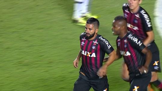 """Diniz admite jogo abaixo da média, mas elogia Atlético-PR: """"Tendência é melhorar"""""""