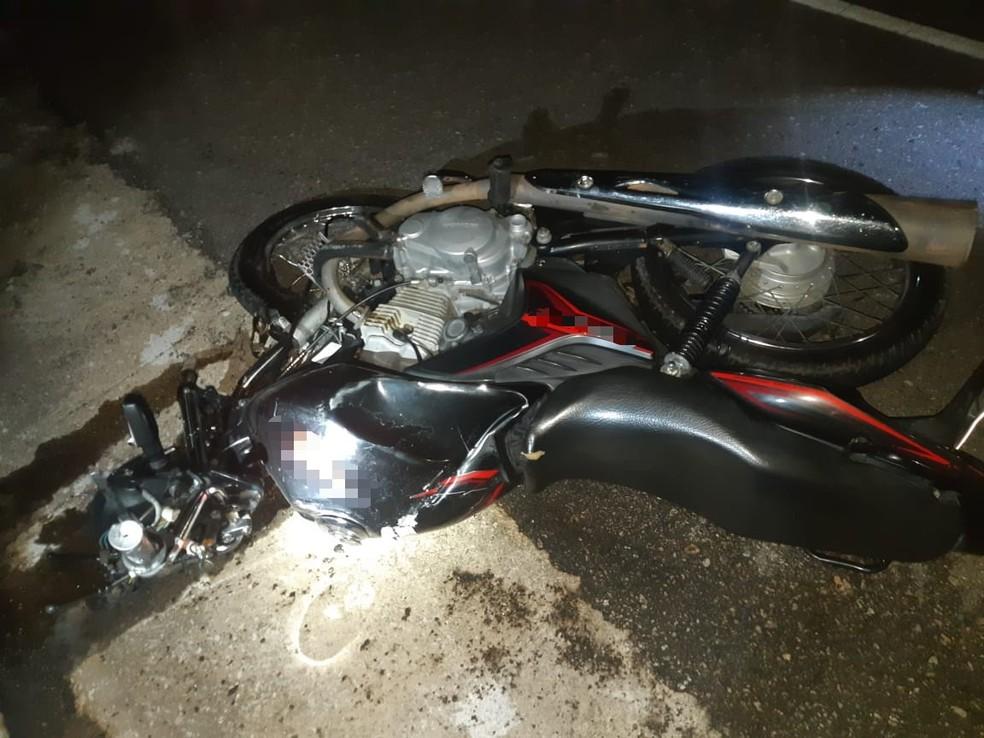 Moto entrou na contramão da rodovia — Foto: Polícia Rodoviária Federal