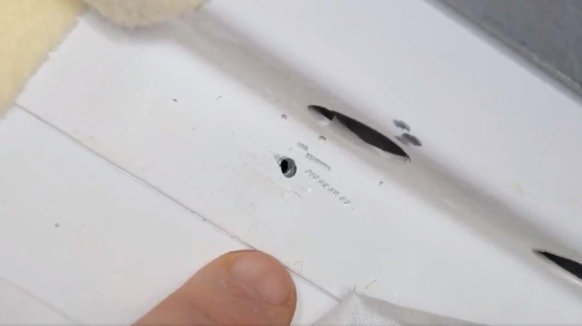 Furo na Estação Espacial Internacional foi feito na parte de dentro  (Foto: Reprodução/NASA)