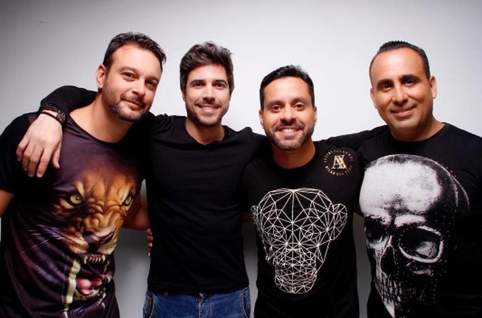 Banda P14 se apresenta no Iate Clube de Fortaleza. (Foto: David Capibaribe/Divulgação)