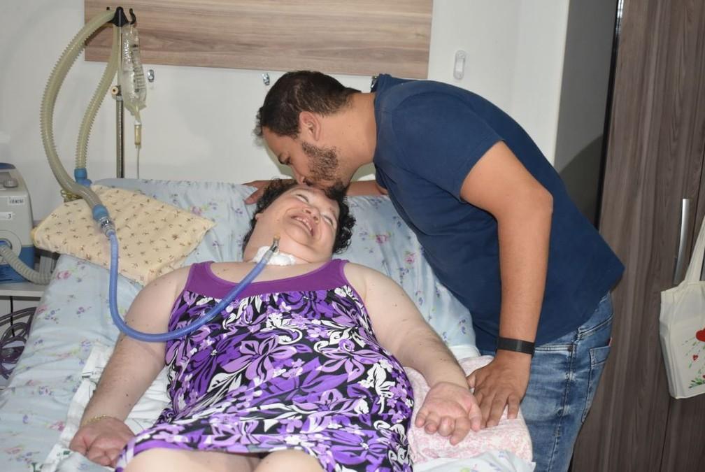 Lucas conheceu Eliana em 2002 e levou ela para morar com ele  — Foto: Marcello Carvalho/G1