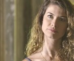 Alinne Moraes é Isabel em 'Epelho da vida' | TV Globo