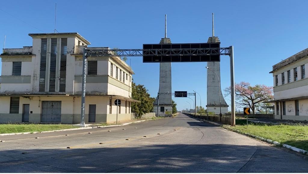 Argentina fecha fronteira entre Uruguaiana e Paso de los Libres para transportadores internacionais durante a manhã