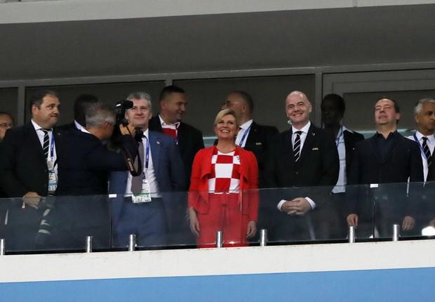 A presidente da Croácia, Kolinda Grabar-Kitarovic, durante o jogo contra a Rússia na Copa do Mundo (Foto: Kevin C. Cox/Getty Images)