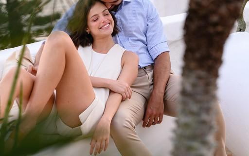 Agatha Moreira e Rodrigo Simas falam abertamente sobre relacionamento