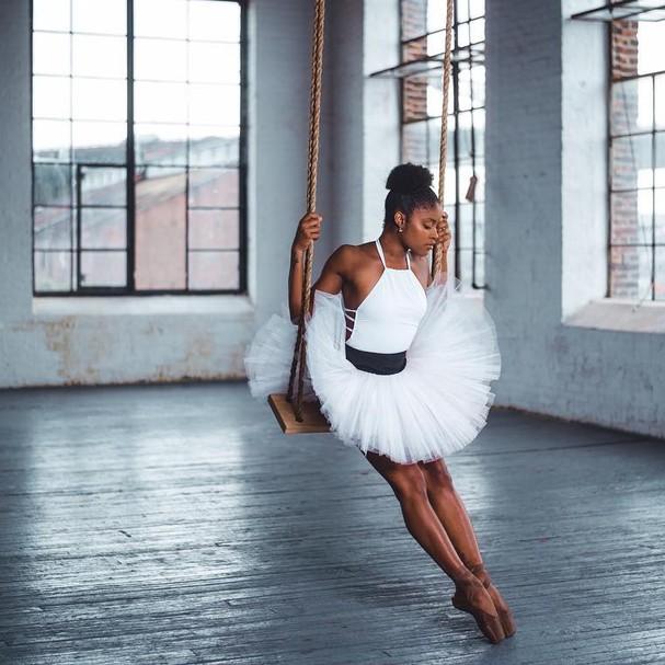 Ingrid Silva é bailarina em NY (Foto: Reprodução)