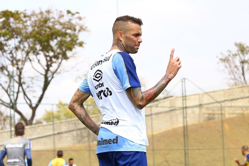 Luan pode acabar também como moeda de troca — Foto: Rodrigo Fatturi/DVG/Grêmio