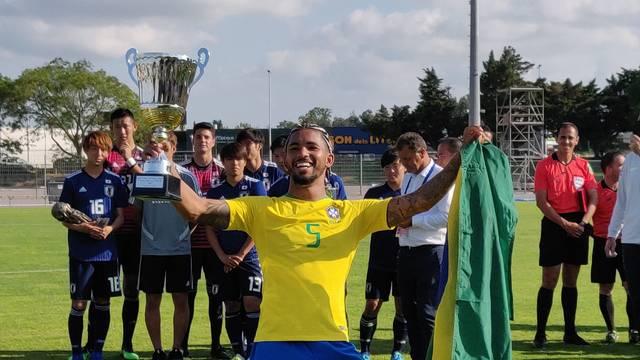 Douglas Luiz melhor jogador Torneio de Toulon 2019
