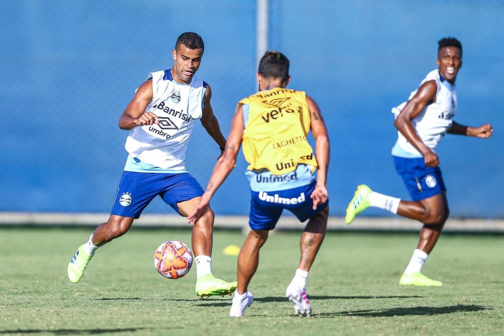 Alisson pode aparecer na formação que entra em campo na quinta — Foto: Lucas Uebel/Grêmio/Divulgação