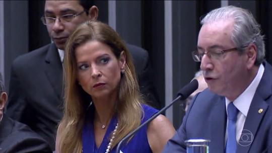Cláudia Cruz, mulher de Eduardo Cunha, é condenada por evasão de divisas