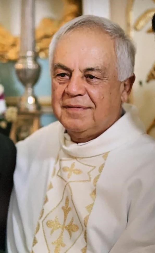 Padre de Santo Antônio do Aventureiro é encontrado morto em estrada rural próxima à Recreio, MG