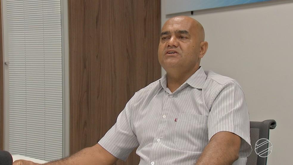 Jorge Guimarães não acredita na reintegração de posse da área loteada ilegalmente (Foto: Reprodução/TV Morena)