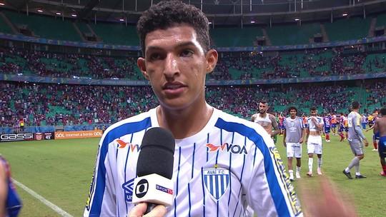 """""""Não era o que a gente esperava"""", afirma Matheus Matias após derrota na Fonte Nova"""